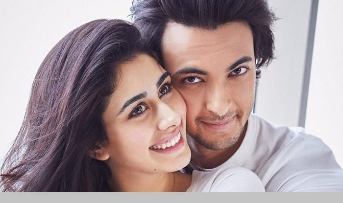 Loveratri First Look : Ayush Sharma And Warina Hussain Look All Set To Give Us Couple Goals With Their Debut Film