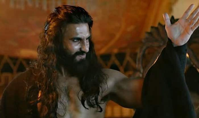 DID YOU KNOW: Sanjay Leela Bhansali Lost His Cool On Ranveer Singh During Padmaavat And Declared, 'Tumse Na Ho Paayega'