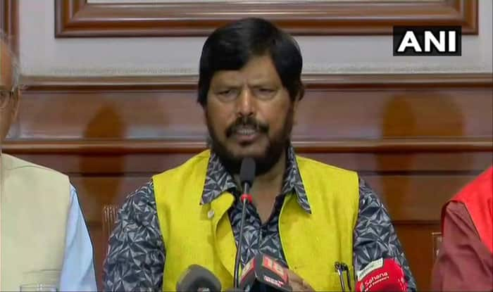 Maharashtra: Union Minister Ramdas Athawale Slapped at Public Event,  RPI (A) Calls Statewide Bandh Today