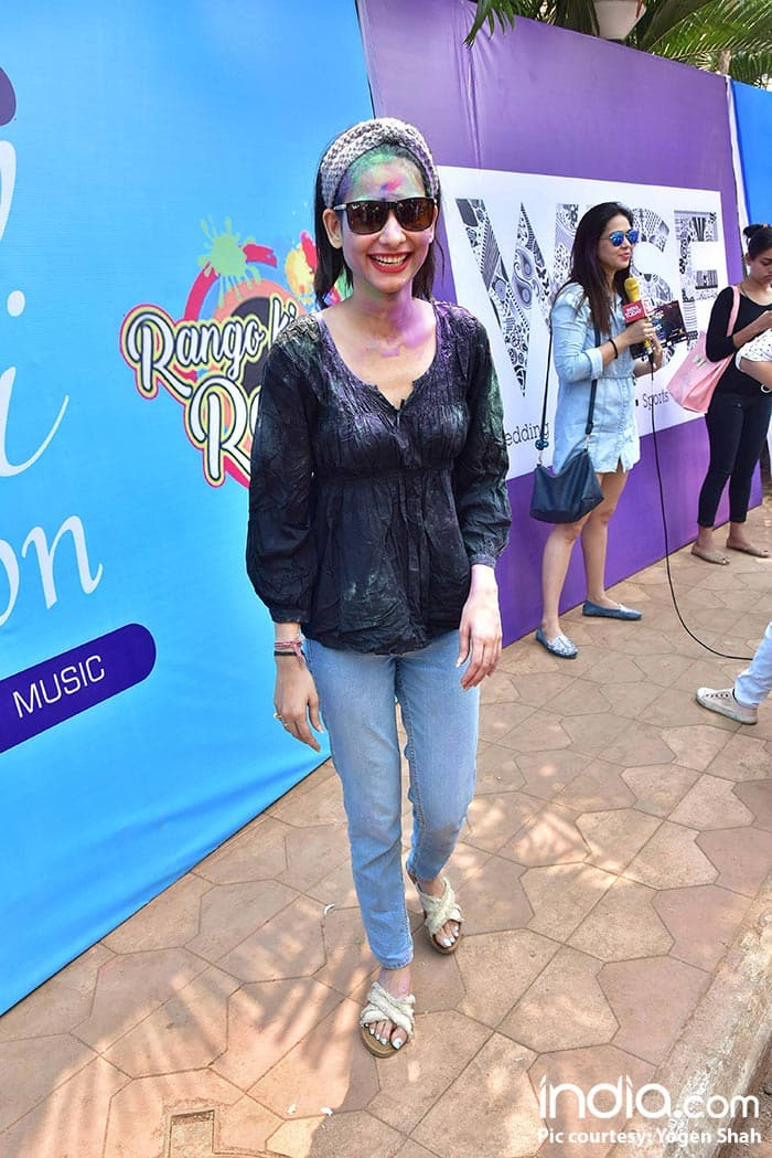 ekta-kapoor,ken-gosh,Shabir-Ahluwalia,Kanchi-Kauletc--at-holi-invasion's-holi-party-at-celebration-club-on-02-03-2018.-PICS-YOGEN-SHAH.--(75)