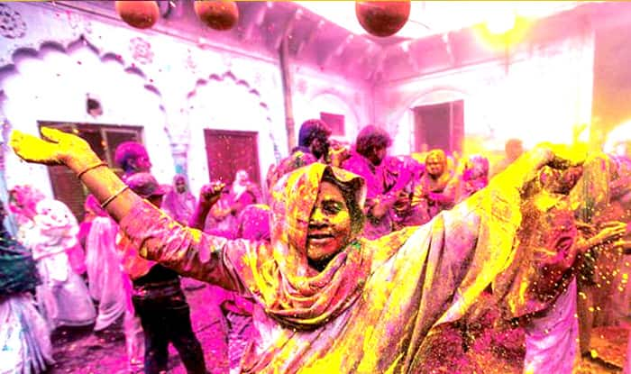 Happy Holi Festival 2018: Bollywood Celebrities, Politicians Wish Nation on Rang Panchami
