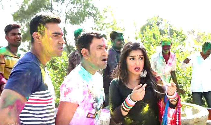 Holi Mein GST Jor Ke: Dinesh Lal Yadav aka Nirahua and Amrapali Dubey's Bhojpuri Song Crosses 13 Million Views on YouTube