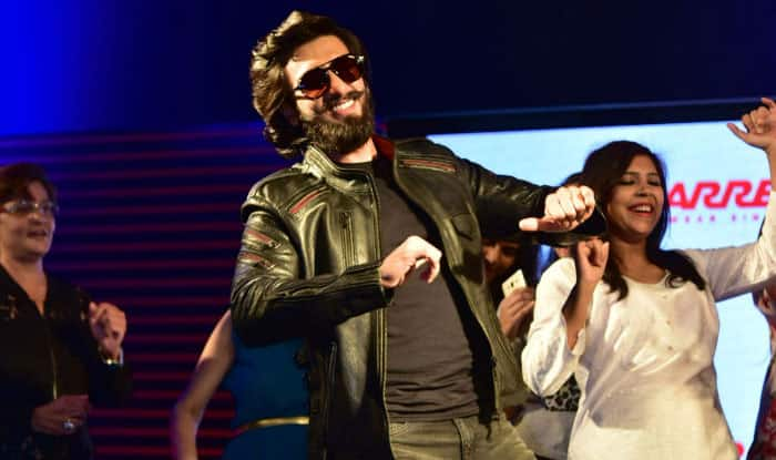 Ranveer Singh Flaunts Ripped Body Giving Us A Glimpse Into What To Expect FromSimmba (PIC Inside)