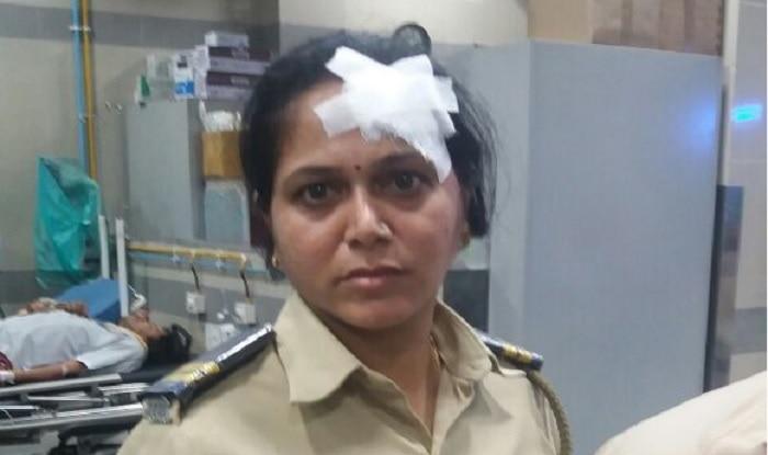 Police personnel injured during rail roko in Mumbai (ANI)