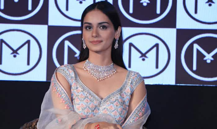 Manushi Chillar is Upping The Ante For Looking Desi-Chic Effortlessly in The Summer