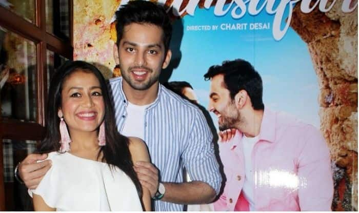 Himansh Kohli Just Went Down On One Knee For Neha Kakkar And You Cannot Miss The Moment (PICS)