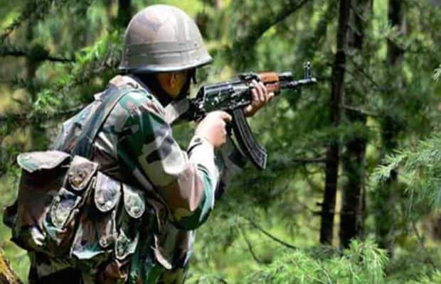 Jammu And Kashmir: Terrorist Opens Fire at CRPF Battalion, Police in Srinagar; One Soldier Injured