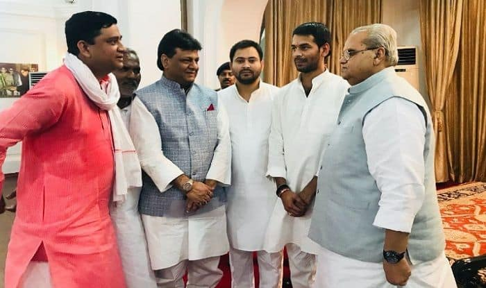 Karnataka Fallout: Single Largest Parties in Goa, Manipur And Bihar Meet Governors, Seek Invite to Prove Majority