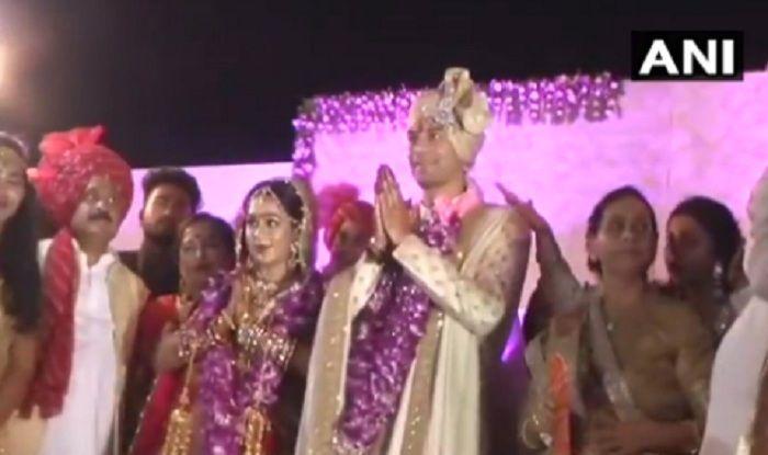 Tej Pratap Yadav Ties Knot With Aishwarya Rai; CM Nitish Kumar, SP Chief Akhilesh Yadav Grace The Event