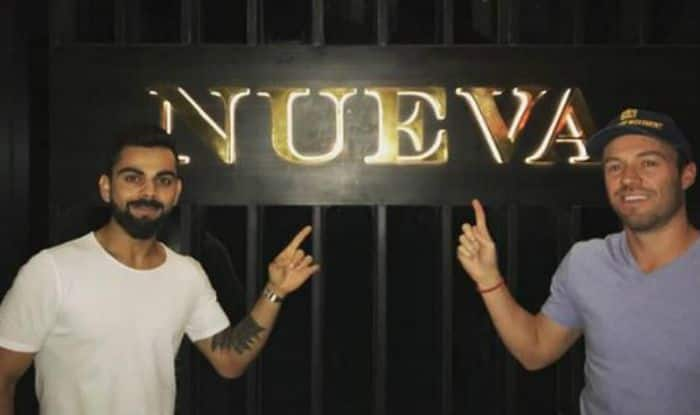 Virat Kohli Treats AB De Villiers, Ashish Nehra, Moeen Ali And Others From RCB Team to His Fine Dining Restaurant in Delhi