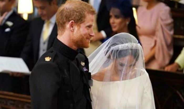 Britain's Royal Wedding: Meghan Markle and Prince Harry's First Marriage Kiss Will Make You Aww