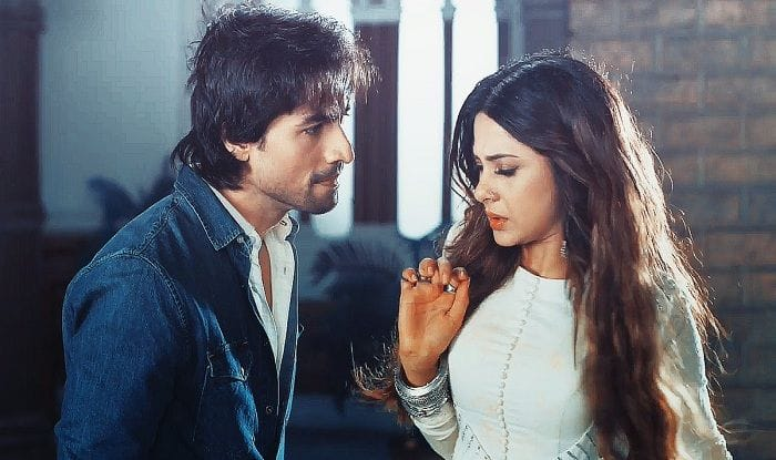 Bepannah 5 June 2018 Full Episode Written Update: Rajvir Finds Out About Zoya and Aditya's Whereabouts