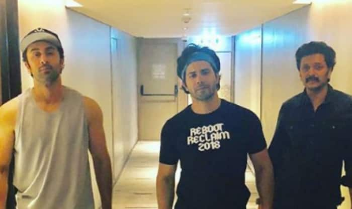 IIFA Awards 2018: Ranbir Kapoor, Varun Dhawan, Arjun Kapoor Strike a Pose Together; See Pic
