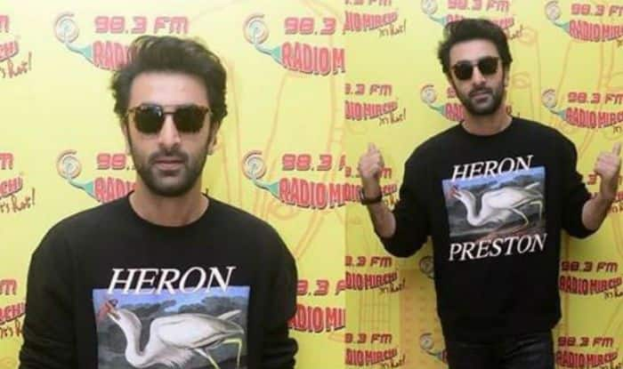 Sanju Promotions: Ranbir Kapoor Steals The Show in His Hot and Casual Look
