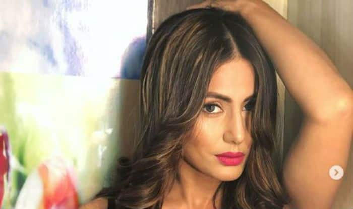 Bigg Boss 11 Contestant Hina Khan Slays in Sexy Black Jumpsuit, Check Pictures