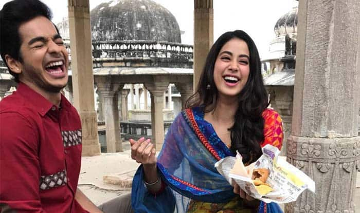 Dhadak Behind The Scenes: Janhvi Kapoor And Ishaan Khatter Just Can't Get Enough of Their Inside Jokes