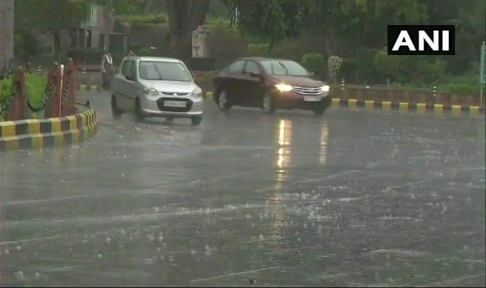 Delhi Rains: Light Shower Likely in National Capital And NCR in Next 2 Hours, MeT Dept Predicts