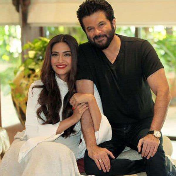 sonam-kapoor-and-anil-kapoor-during-a-candid-interview-201512-634430