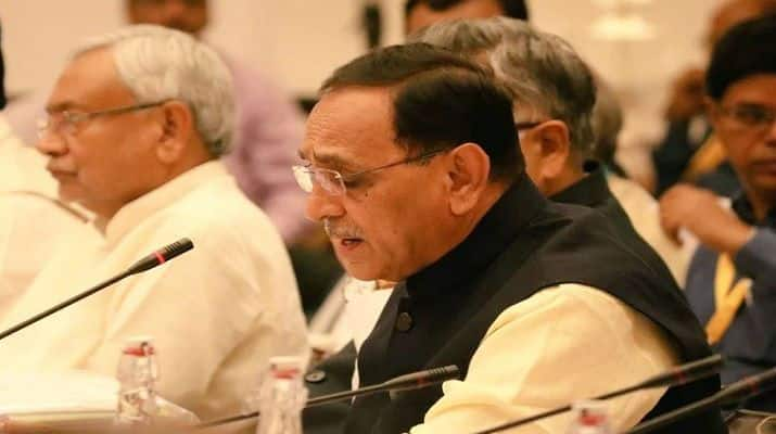NITI Aayog Meeting News Updates: Gujarat Ready to Implement Ayushman Bharat, Will Double Farmers' Income by 2022, Says Vijay Rupani