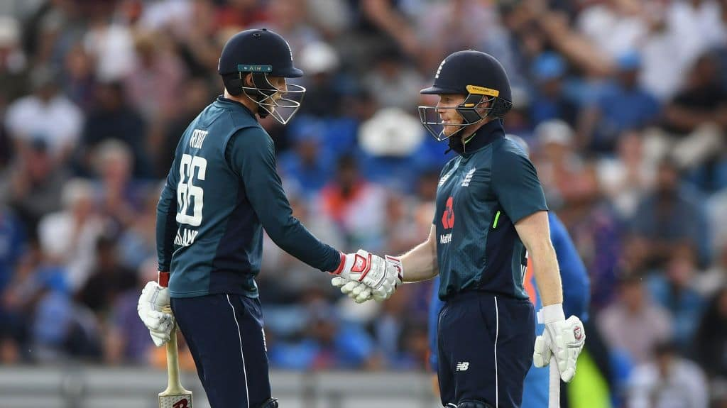 Joe Root is congratulated by captain Eoin Morgan during 3rd ODI between England and India at Headingley_Getty