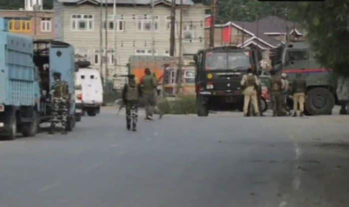 Jammu And Kashmir: Five Civilians Dead as Explosion Rocks Kulgam Encounter Site; 40 Injured Admitted to Hospital