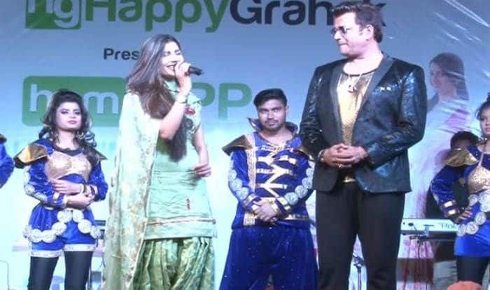 Sapna Choudhary burns the stage with Ravi Kishan PC- YouTube Grab