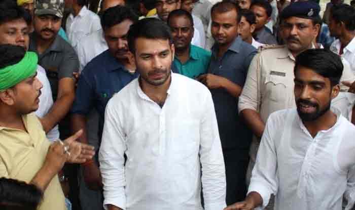 Tej Pratap Yadav Offers Shatrughan Sinha to Join RJD Days After BJP MP Attends Oppn Mega Rally in Kolkata