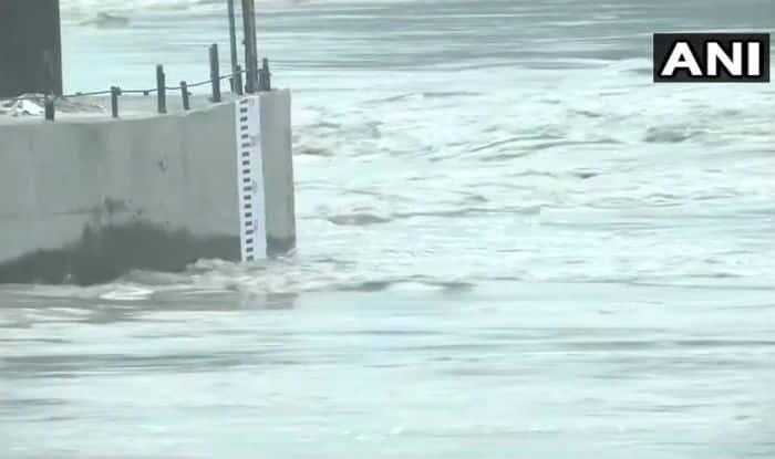 Delhi on High Alert For Flood-like Situation as Yamuna Water Level Crosses Danger Mark