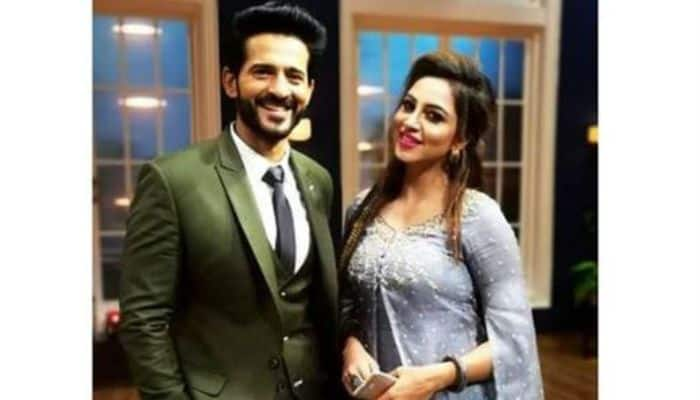 Bigg Boss 11 Contestants Arshi Khan And Hiten Tejwani's Dance on Mere Rashke Qamar is Unmissable