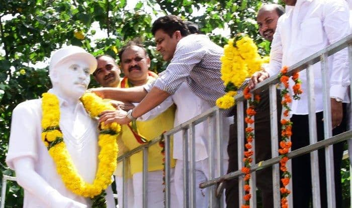 Anil Kumble Unveils India's First-Ever Test Captain Col C K Nayudu's Statue in Andhra Pradesh