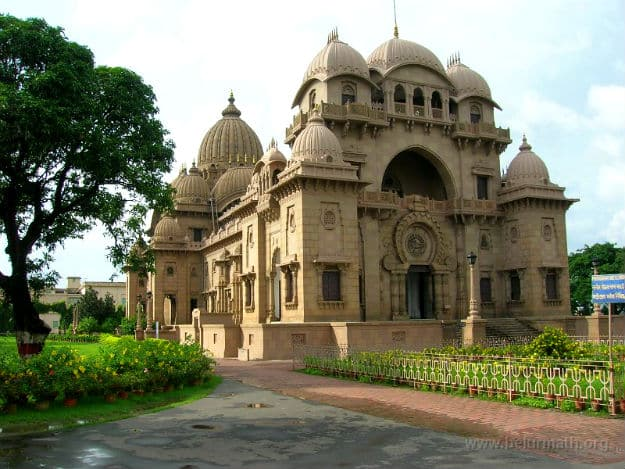 Belur Math: A temple that fuses motifs of Hinduism, Christianity and Islam