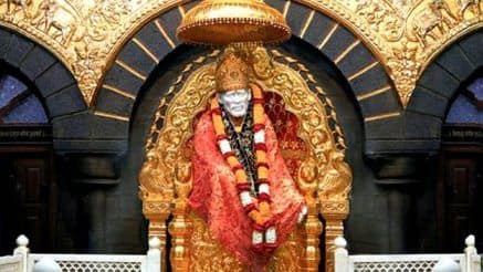 Taking a Pilgrimage to Shirdi? Here Are 10 Things You Absolutely Need to Know!