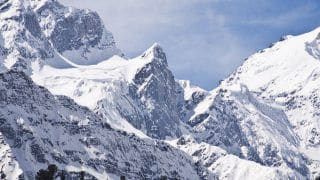 Himachal Pradesh: 187 People Rescued After Being Stranded in Heavy Snow Near Kufri