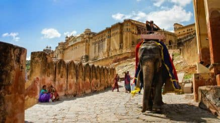 Check Out Best Low Budget Travel Deals Offered by Kesari Tours in India