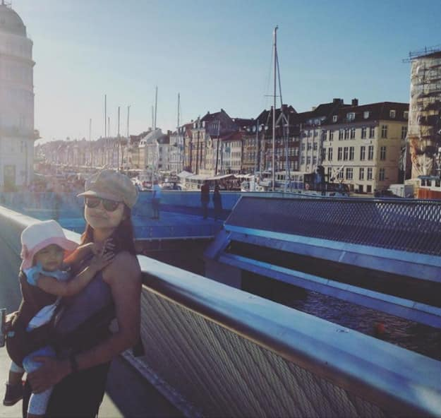 This Indian woman backpacked across Europe with her one-year-old daughter!
