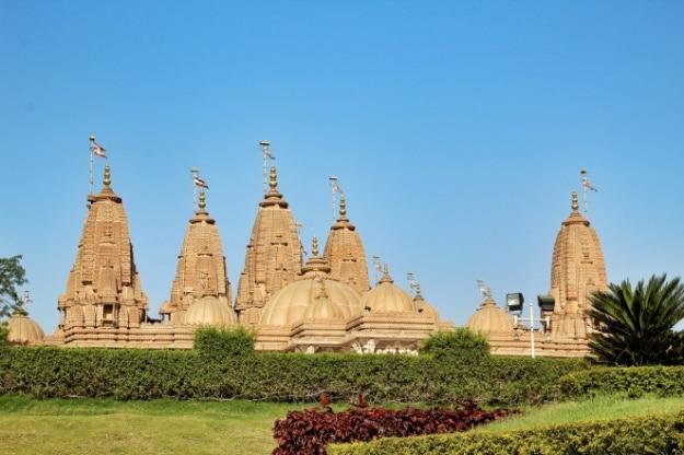 Photos of Swaminarayan Temple in Silvassa that showcase its incredible beauty