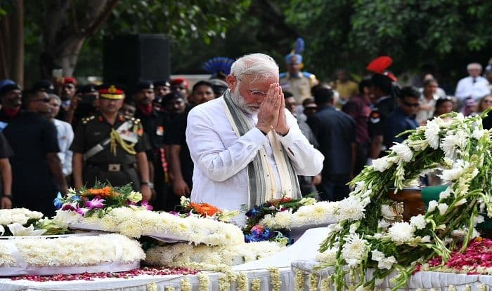 PM Modi Bids Goodbye to Bharat Ratna Vajpayee, Says No Words Can do Justice to Your Rich Contribution Towards Making of India