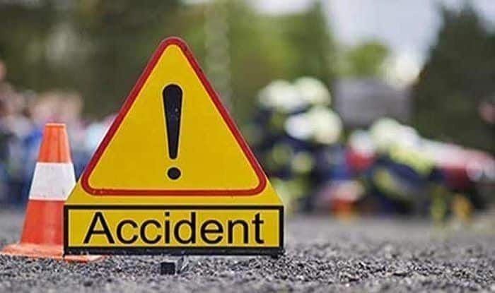 Madhya Pradesh: Four Killed as Car Rams Into Parked Truck in Shivpuri District