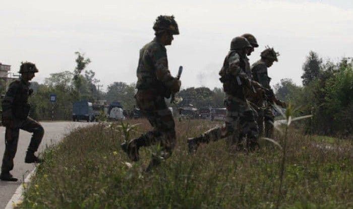 Jammu And Kashmir: Ceasefire Violation by Pakistan Along LoC in Poonch Sector, Indian Troops Retaliating