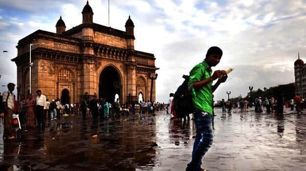 Mumbai to Get Relief From Heavy Rains Today, IMD Forecasts Light to Moderate Rainfall in Suburbs