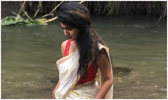 Priya Prakash Varrier Takes The Internet by Storm With Her Kasavu Saree in a Breathtaking Location