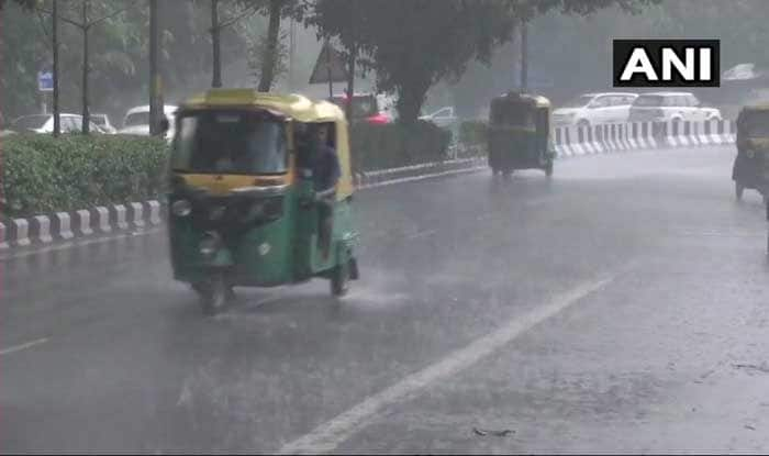 Delhi: 17 Flights Diverted in Evening Today Due to Inclement Weather Conditions