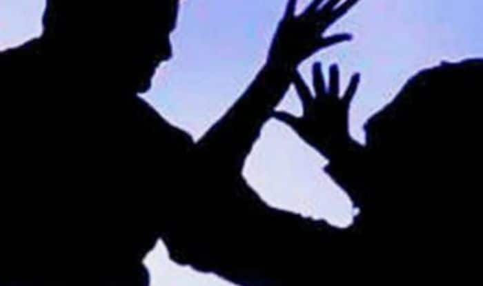 Uttar Pradesh: Woman Constable 'Harassed' by Senior Officer in Barabanki Commits Suicide by Hanging Self
