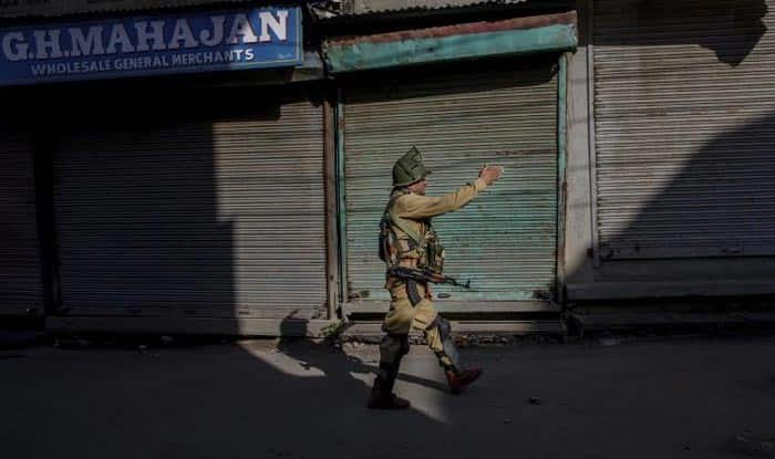 Jammu And Kashmir: Separatists Call For 3-Day Strike; Section 144 Imposed in Srinagar, Pulwama