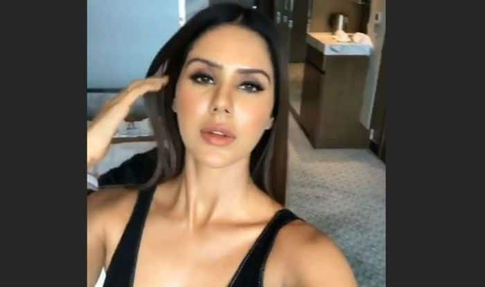 Punjabi And Tamil Actress Sonam Bajwa Looks Mesmerisingly Hot in Sexy All Black Outfit, Check Pics
