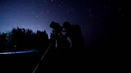 Here Are 5 Places in And Around Mumbai That Are Best For Star Gazing