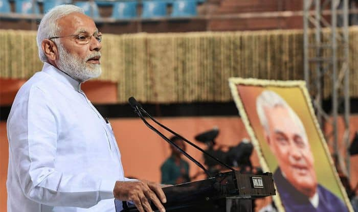 Narendra Modi Remembers Atal Bihari Vajpayee on His 94th Birth Anniversay, Says Committed to Create India the Late Former PM Dreamt of