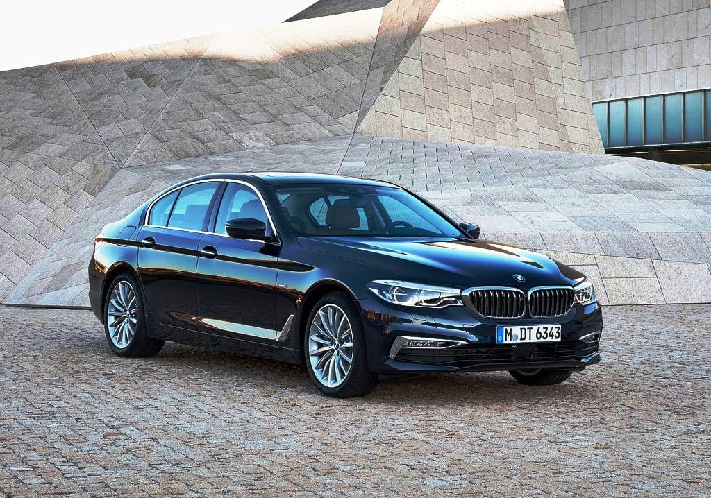 Live New Bmw 5 Series 2017 Launch Updates Priced At Inr 49 9 Lakh India Com