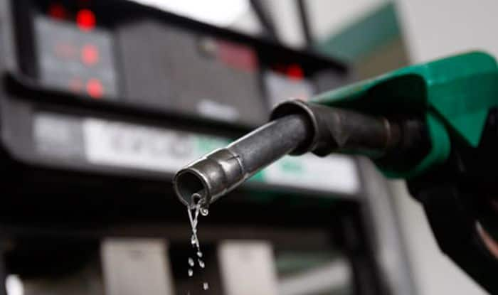 Fuel Price Hike Continues After Centre's Excise Duty Cut; Petrol Breaches Rs 82-mark in Delhi, at Rs 87.50 in Mumbai