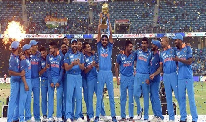 Indian team celebrates after winning Asia Cup final vs Bangladesh at the Dubai International Cricket Stadium_Getty